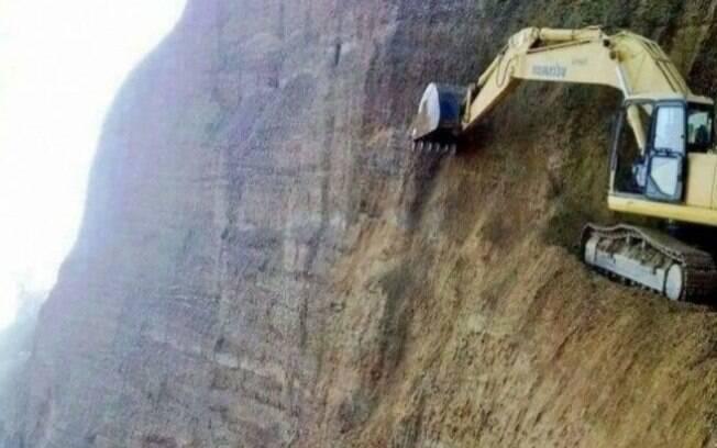 Imaginar ter que fazer uma baliza ali em cima?