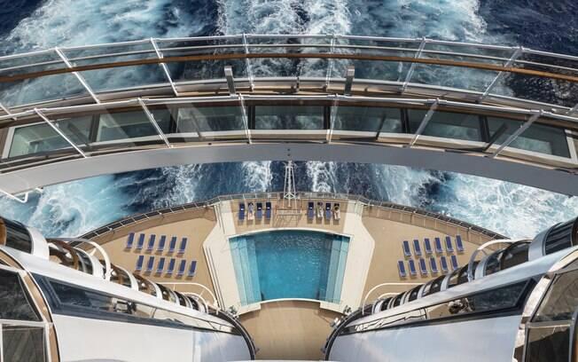 Ficou interessado em fazer um cruzeiro pelo Mediterrâneo e aproveitar tudo que a viagem tem a oferecer? Saiba valores