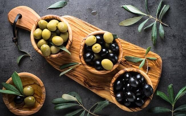 Azeitonas: saiba os benefícios e malefícios do alimento para a saúde