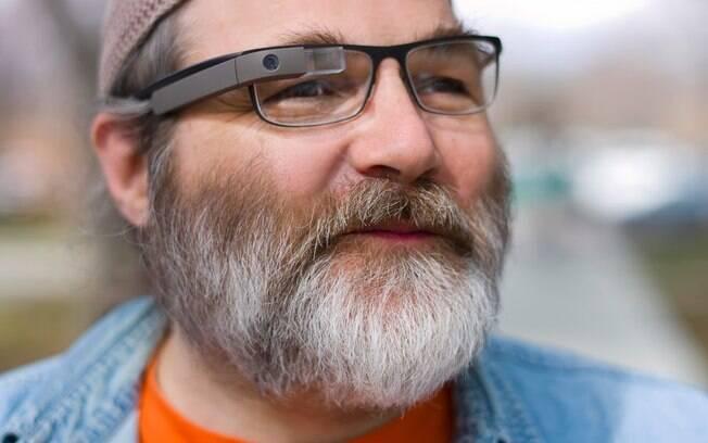 Google apresenta protótipo de Google Glass com lentes corretivas