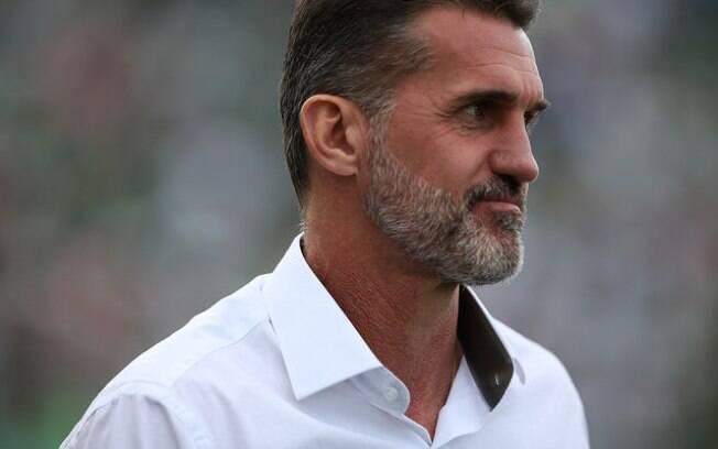 Com a demissão de Vagner Mancini, a Chapecoense se tornou o 12º clube da Série A a trocar o comando nesta temporada