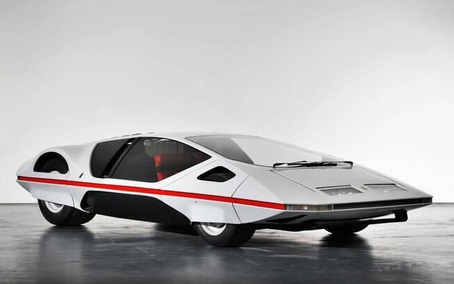 Estranho pode ser um protótipo tão exótico quanto esse ter o nome Ferrari no meio, não é?