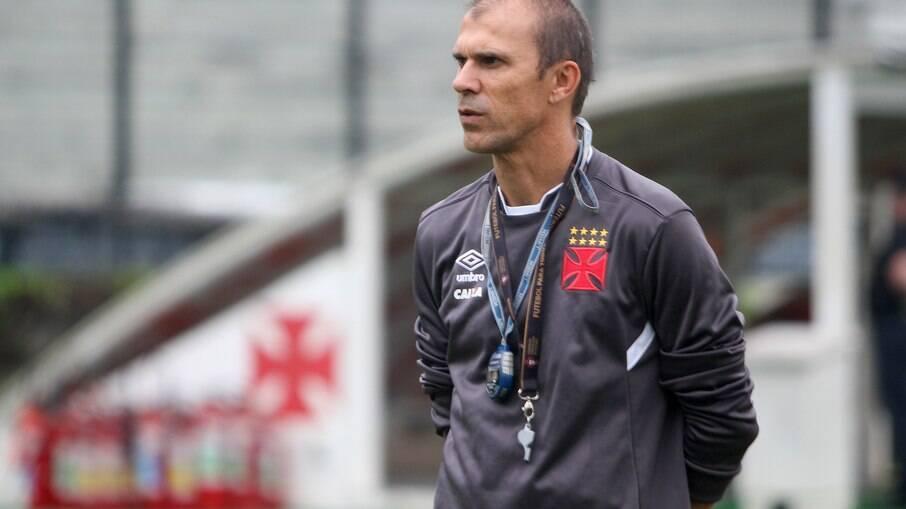 Milton Mendes foi técnico do Vasco