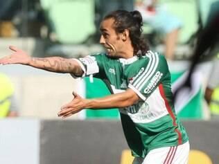 Valdivia está lesionado e ainda não tem data para voltar a jogar
