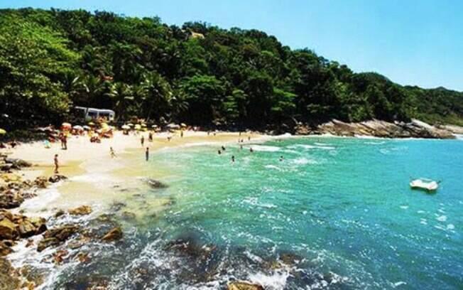 A Praia do Éden é um dos lugares que vale a pena conhecer no Guarujá