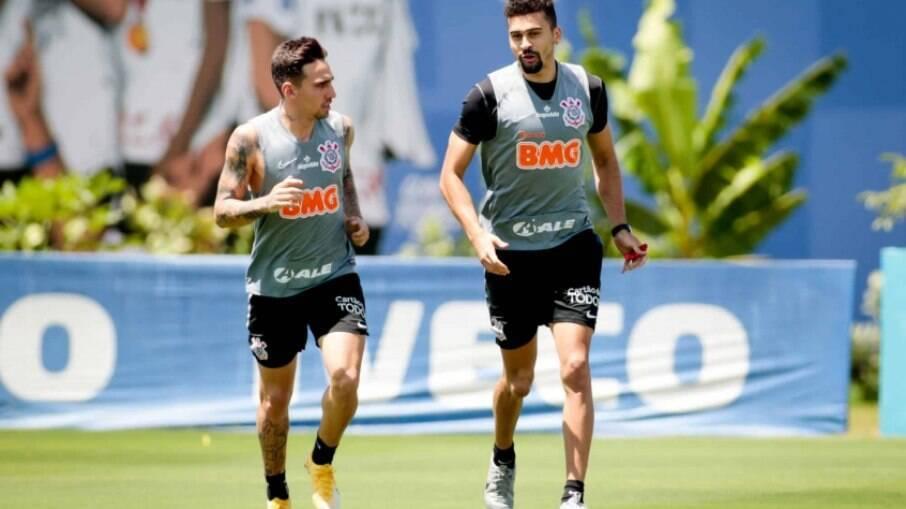 Mosquito e Léo Santos vão a campo