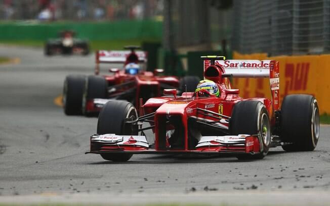 Felipe Massa pulou para a segunda posição  logo após a largada, mas acabou em quarto