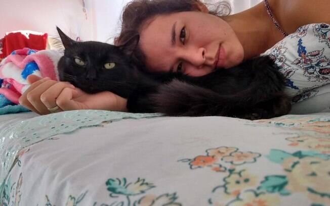 Camilla descobriu o que provavelmente provocava o comportamento estranho de Salem ao levá-lo ao veterinário
