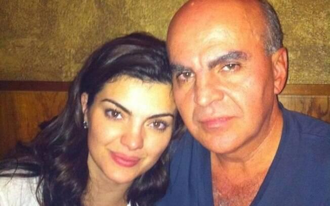Mayara Neiva junto com o pai