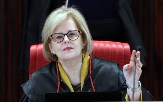 Presidente do TSE, ministra Rosa Weber, vai se reunir com representantes das campanhas para falar de fake news