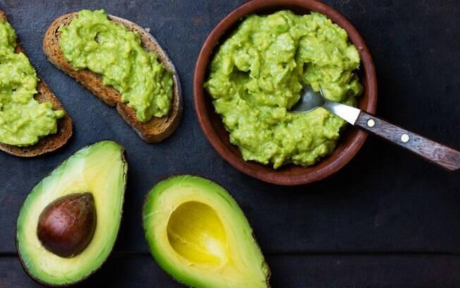 Abacate é um fruta completa que dá energia e ainda pode ajudar a emagrecer