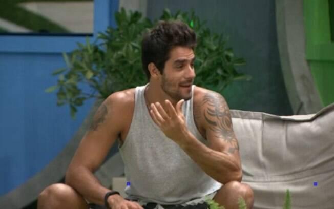 Diego critica Clara e Vanessa
