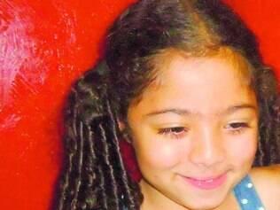 Rio Pardo de Minas. Emily Ferrari, 8, desapareceu enquanto brincava na porta de casa, há um ano