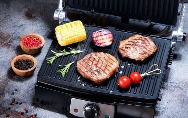 Além da carne, o grill elétrico dá a possibilidade de preparar legumes