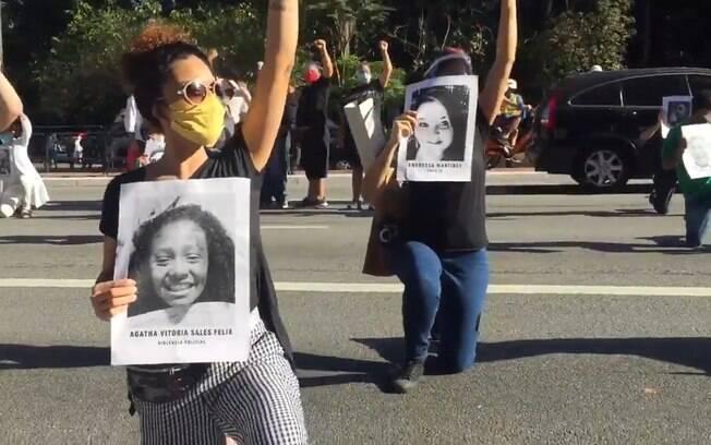 Protesto contra o presidente reuniu cerca de 150 pessoas na Paulista