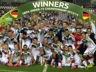 Ciom vitória de 1 a 0 sobre Portugal, garotos da Alemanha ficaram com o título no mês em que a seleção principal conquistou o mundo
