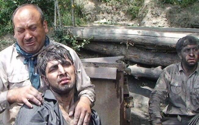 Retirados 21 corpos de mina após acidente no Irão