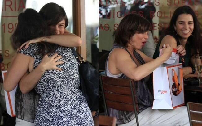 Maria Paula comemora aniversário na companhia de amigas nesta terça-feira (29)