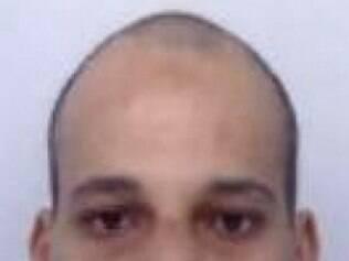 Cherif Kouachi, de 32 anos,  é um dos suspeito procurado pela polícia francesa por envolvimento em  ataque ao jornal  Charlie Hebdo