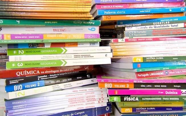 A Secretaria de Educação de Rondônia negou a determinação para que fossem recolhidos livros considerados como impróprios.