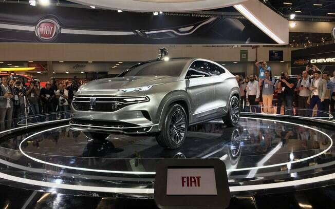 Fiat mostrou o protótipo Fastback no Salão do Automóvel 2018. Vai dar origem a um novo SUV da FCA, com ares de cupê