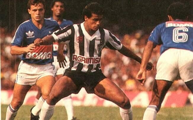 d70e66727d Cruzeiro e Atlético decidiram uma vaga na semifinal do Brasileirão de 1986.  Depois de dois