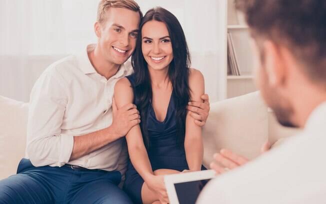 Terapia de casal é uma opção para os parceiros que buscam salvar o relacionamento
