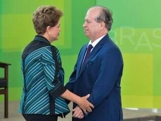 Renato Janine Ribeiro vai substituir Cid Gomes, que deixou o governo em março após se envolver em polêmica com o Congresso Nacional