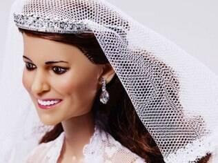 Detalhe do rosto da boneca de Kate Middleton: feita à semelhança da Duquesa de Cambridge