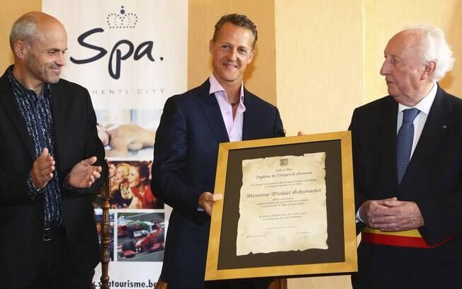 Antes do GP da Bégica deste ano, Schumacher recebeu o título de cidadão honorário de Spa. Foto: EFE