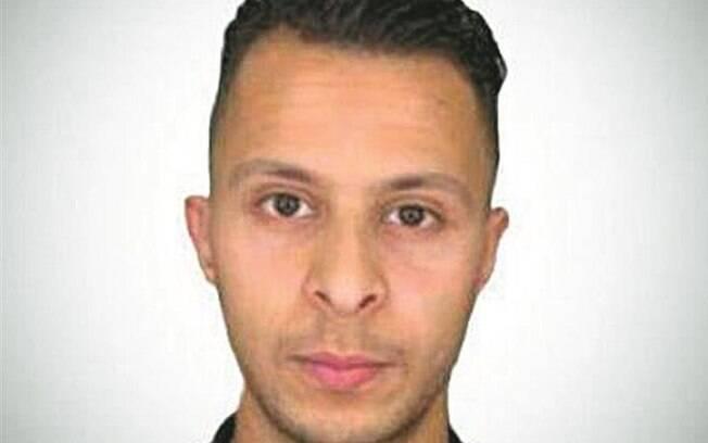 Caso pelo qual Sarah Abdeslam foi julgado se refere a um tiroteio em Bruxelas, que terminou com três policiais feridos