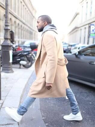 Casacos oversized - mais largos e compridos, significam mais conforto para todos os que se sentem sulfocados usando roupas mais justas