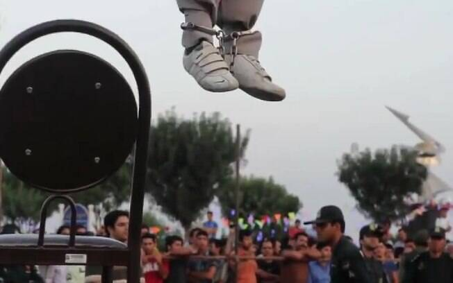 Execução pública: somente até fevereiro deste ano, entre 80 e 95 foram executados no Irã, segundo a ONU. Foto: Reprodução/Youtube