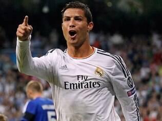 Cristiano Ronaldo balançou as redes em duas oportunidades e comandou triunfo merengue na Liga