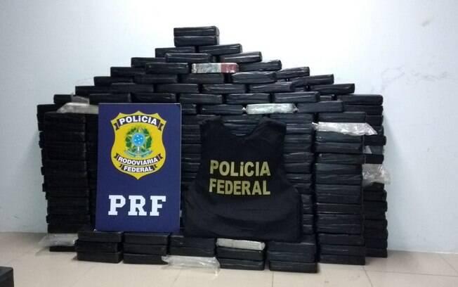 Dupla flagrada em posse de 320 kg de crack está detida no mesmo prédio que abriga presos da Lava Jato em Curitiba