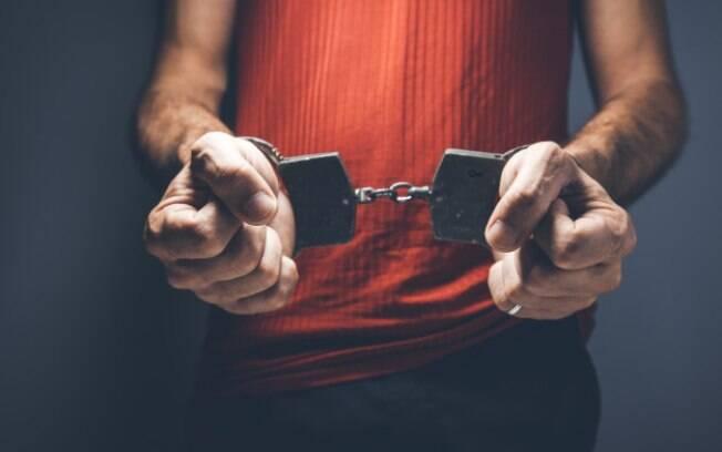 O autor, deputado Aluisio Mendes (PSC-MA), afirma que laudos assinados por psicólogos ou assistentes psicossociais já foram questionados na Justiça