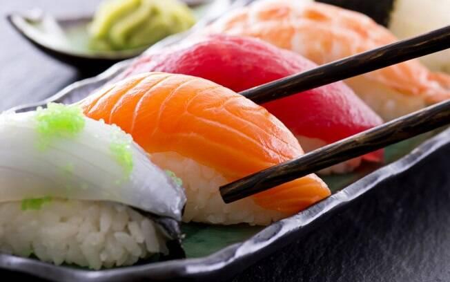 Bactéria do peixe cru, ostras e mariscos é facilmente combatida, porém, pode haver complicações em alguns casos