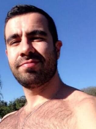 'O cara tem que ser forte, se as veias nos braços ficarem aparecendo, melhor ainda', afirma Leandro