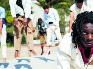 Congado, moda de viola e tambores encontram a dança hip hop