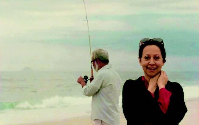 Fernanda Montenegro com o marido, o também ator Fernando Torres, em imagem que estará em seu livro