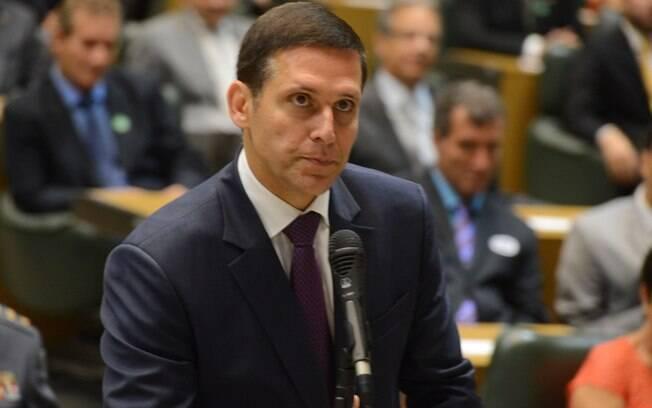 Fernando Capez é alvo principal da Operação Alba Branca, que investiga desvio de recursos destinados à merenda escolar