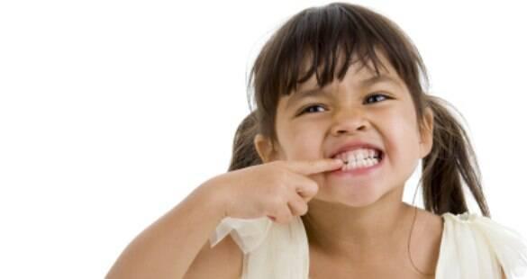 Os cuidados com a saúde bucal se aprendem na infância
