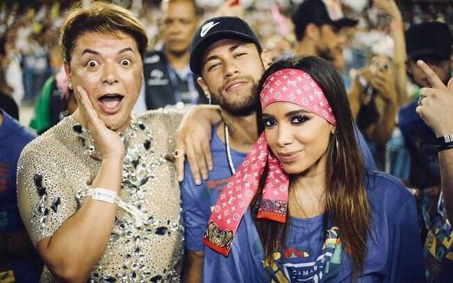 Anitta manda resposta para Leo Dias sobre vídeo divulgado do suposto beijo em Neymar