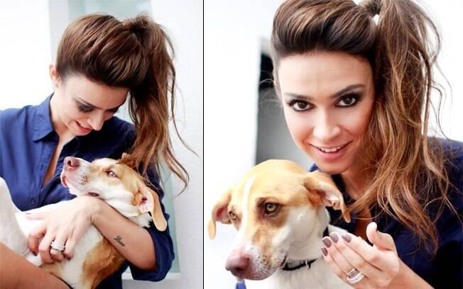 Thaila Ayala posou para o catálogo com a cachorra Mel
