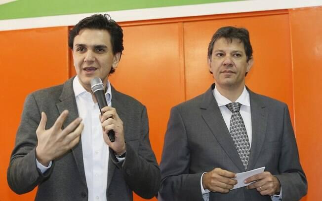 Gabriel Chalita ao lado de Fernando Haddad: eles podem disputar juntos a Prefeitura de São Paulo