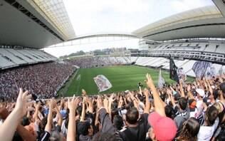 Corinthians defende torcedores em pé e bandeirões em carta à Conmebol