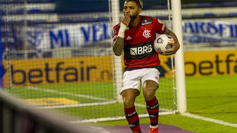 Flamengo entra em campo pela Libertadores nesta terça