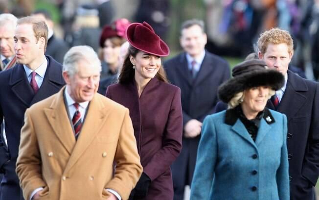 Príncipe William, o Duque de Cambridge, Príncipe Charles, Kate Middleton, Camilla, e o Príncipe Harry