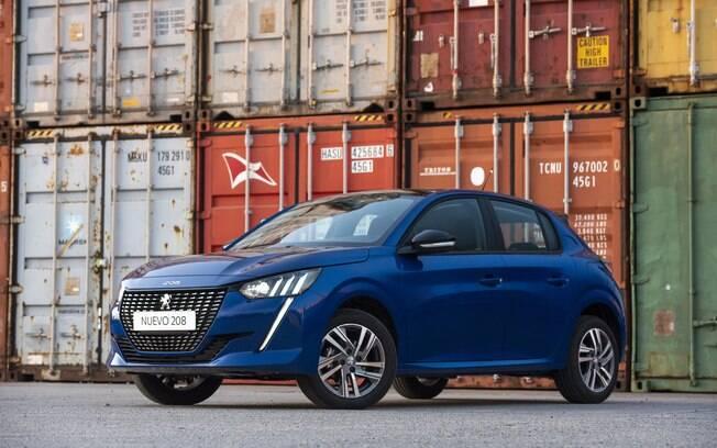 Novo Peugeot 208: desenho arrojado e boa lista de equipamentos como aliados na briga acirrada no segmento de hatches compactos