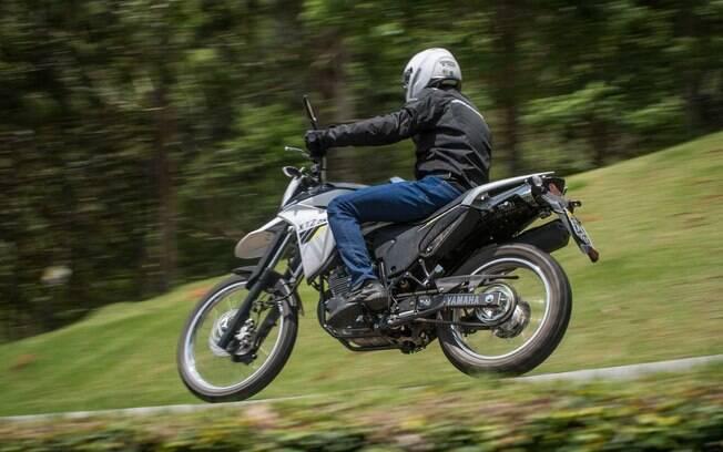 A nova Yamaha Lander tem como objetivo desbancar a rival da Honda em vendas, a XRE 300
